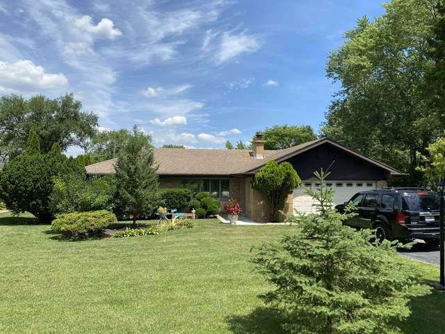 16W320 94th Street, Burr Ridge, IL 60527 (MLS #10862453) :: John Lyons Real Estate