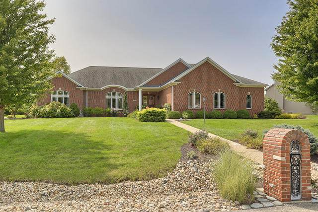 1405 Woodberry Drive, Mahomet, IL 61853 (MLS #10862520) :: Littlefield Group
