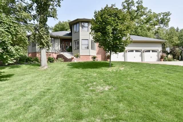 1510 Sweetbriar Drive, Bloomington, IL 61701 (MLS #10862722) :: John Lyons Real Estate