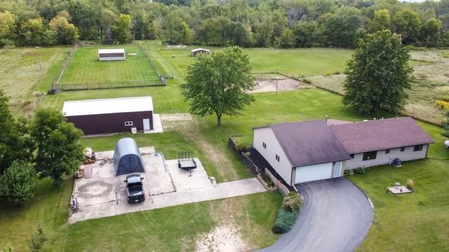 15073 S Bluff Road, South Beloit, IL 61080 (MLS #10862742) :: Ryan Dallas Real Estate