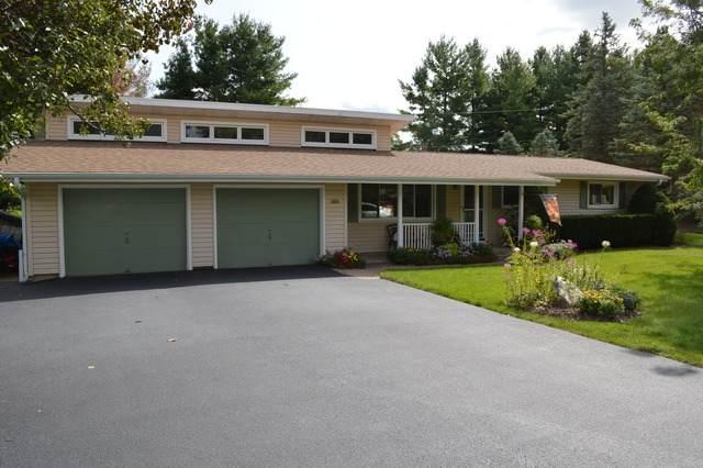 5404 Oakwood Drive, Oakwood Hills, IL 60013 (MLS #10862954) :: Property Consultants Realty
