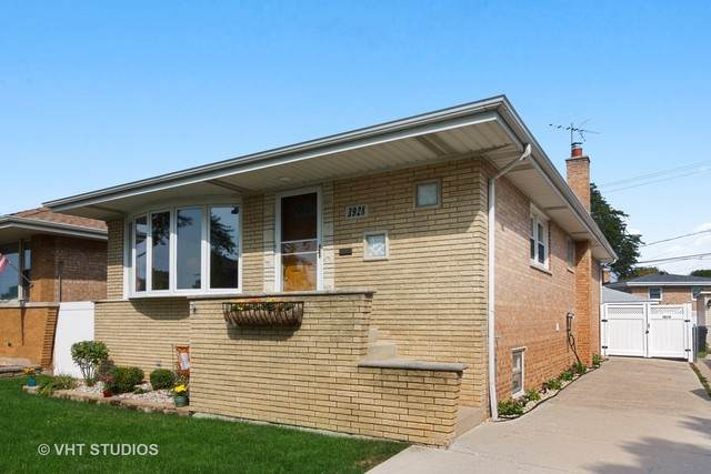 3928 W 107th Street, Chicago, IL 60655 (MLS #10863031) :: John Lyons Real Estate