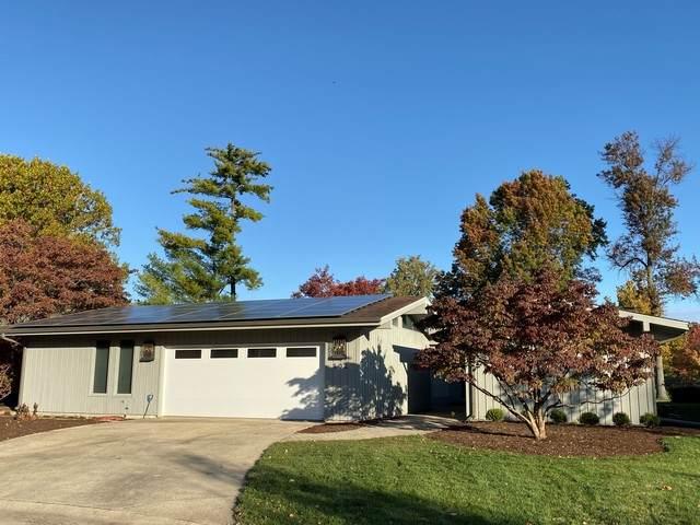 102 Greencroft Drive, Champaign, IL 61821 (MLS #10863386) :: Littlefield Group