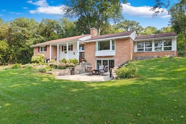 566 Cove Court, Lake Barrington, IL 60010 (MLS #10863411) :: John Lyons Real Estate