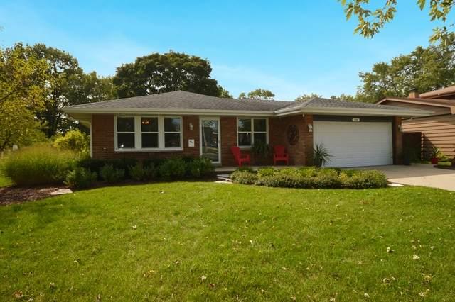 2610 Glenwood Avenue, Joliet, IL 60435 (MLS #10863479) :: Property Consultants Realty