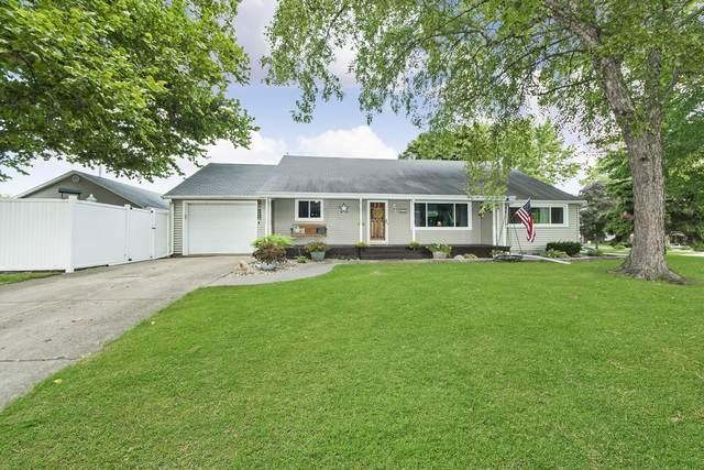 258 E Fifth Street, Minonk, IL 61760 (MLS #10863880) :: John Lyons Real Estate