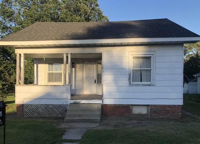 701 S Spruce Street, VILLA GROVE, IL 61956 (MLS #10863946) :: Jacqui Miller Homes