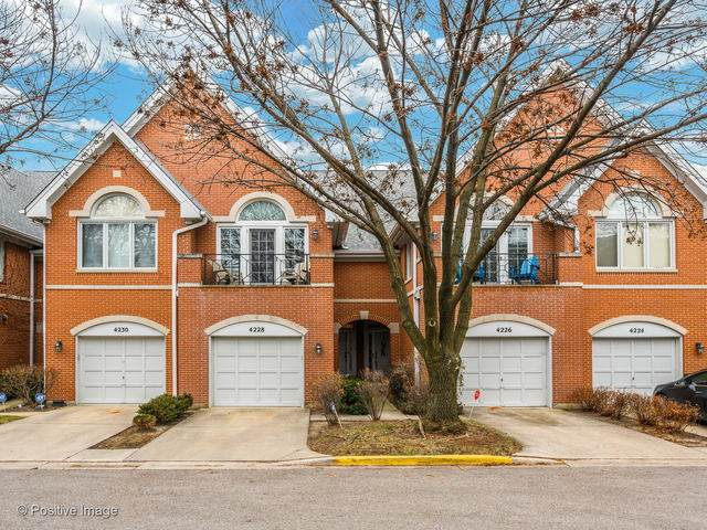 4228 W Harrington Lane, Chicago, IL 60646 (MLS #10871051) :: John Lyons Real Estate