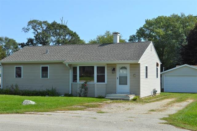 7208 Manor Road, Crystal Lake, IL 60014 (MLS #10876438) :: The Wexler Group at Keller Williams Preferred Realty
