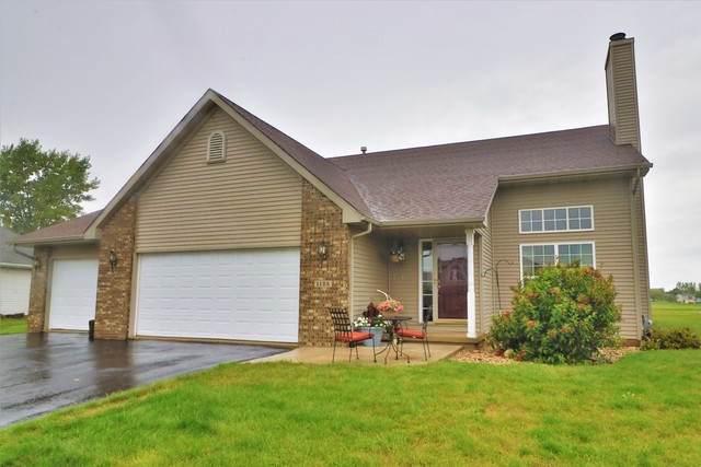 1125 Santa Fe Avenue, Davis Junction, IL 61020 (MLS #10877415) :: BN Homes Group