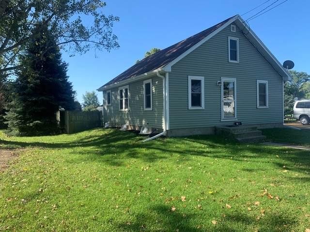 11 E 1st Street, Milledgeville, IL 61051 (MLS #10877462) :: Schoon Family Group