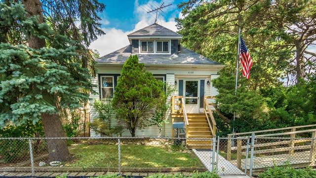 6108 W Eastwood Avenue, Chicago, IL 60630 (MLS #10877978) :: Property Consultants Realty