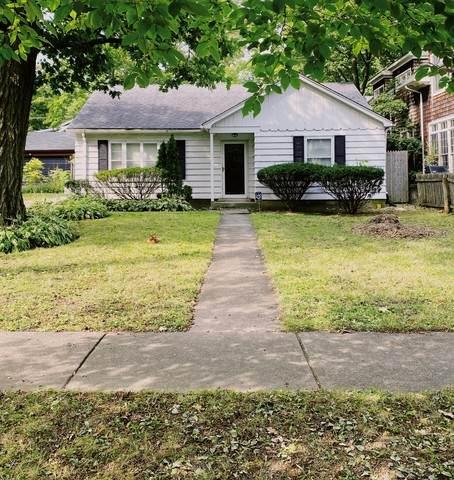 368 Foss Court, Lake Bluff, IL 60044 (MLS #10878626) :: John Lyons Real Estate