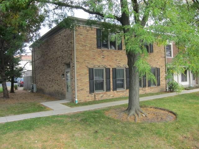 1820 Sussex Walk #1820, Hoffman Estates, IL 60169 (MLS #10878768) :: John Lyons Real Estate