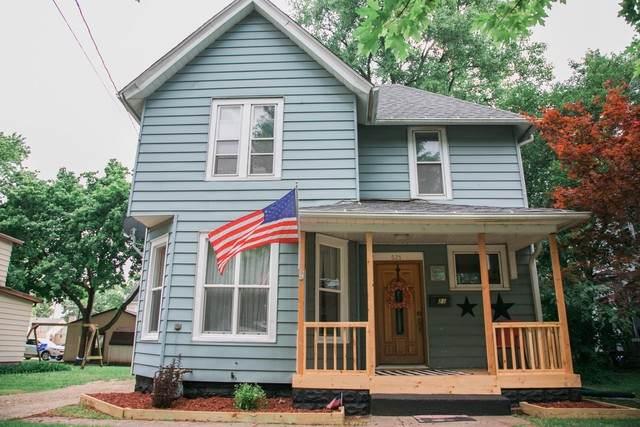 521 S College Avenue, Dixon, IL 61021 (MLS #10879293) :: Littlefield Group