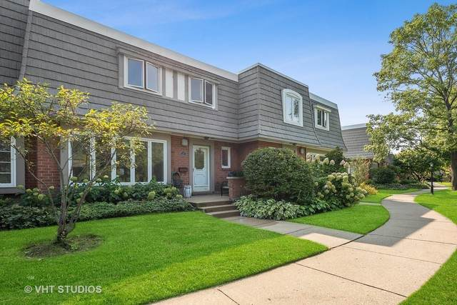 1408 Orleans Circle, Highland Park, IL 60035 (MLS #10879393) :: The Wexler Group at Keller Williams Preferred Realty