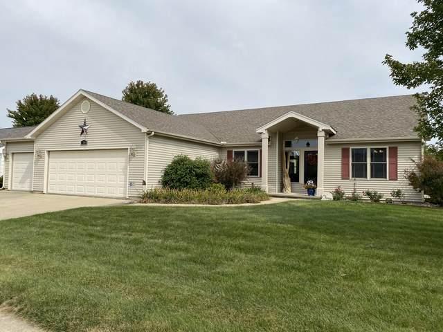 2504 Fieldcrest Drive, Urbana, IL 61802 (MLS #10880027) :: John Lyons Real Estate
