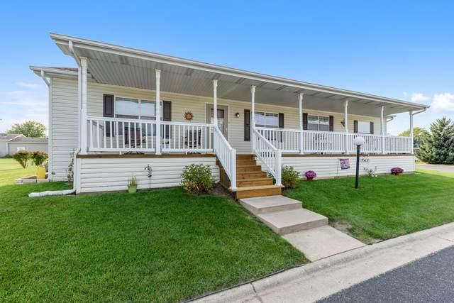 747 Mallard Circle, Sandwich, IL 60548 (MLS #10880035) :: Helen Oliveri Real Estate