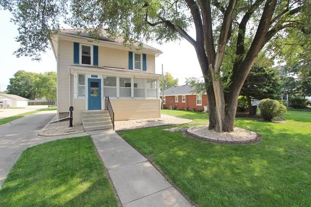 1327 Liberty Street, Morris, IL 60450 (MLS #10880106) :: Ryan Dallas Real Estate