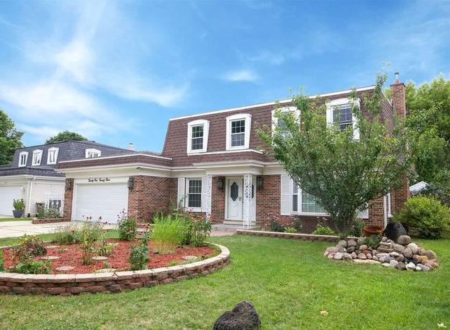 2423 S Cedar Glen Drive, Arlington Heights, IL 60005 (MLS #10880834) :: Helen Oliveri Real Estate