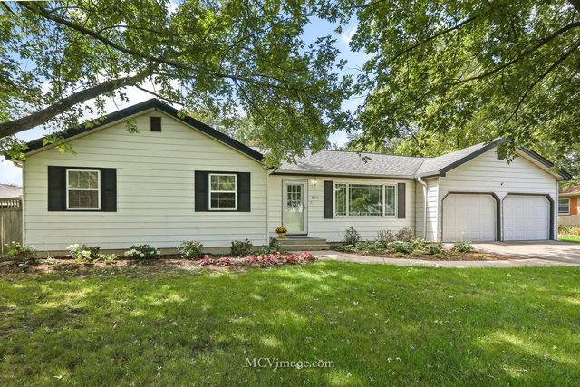 809 Bailey Drive, Joliet, IL 60404 (MLS #10881404) :: Helen Oliveri Real Estate