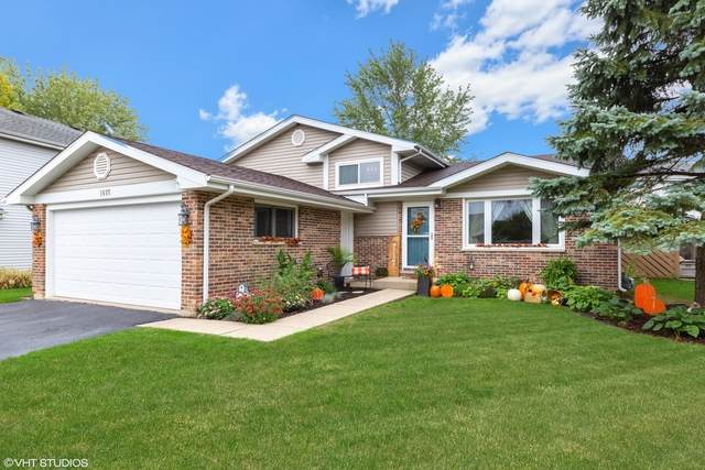 1077 N Cardinal Drive, Palatine, IL 60074 (MLS #10881897) :: Littlefield Group