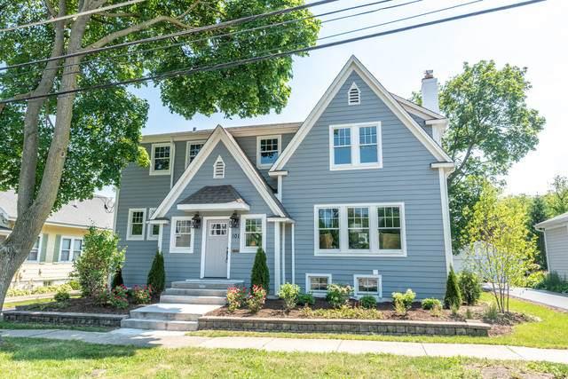 101 E Hawthorne Street, Arlington Heights, IL 60004 (MLS #10882378) :: Helen Oliveri Real Estate