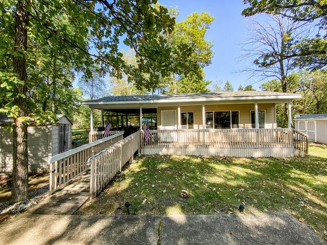 2-207/208 Woodhaven Drive, Sublette, IL 61367 (MLS #10882708) :: Property Consultants Realty