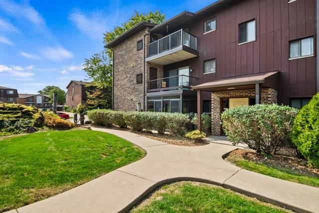 60 W Pier Drive #103, Westmont, IL 60559 (MLS #10882712) :: Helen Oliveri Real Estate