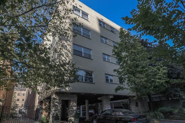 530 Barry Avenue - Photo 1