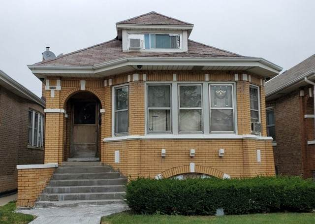 6137 S Kedvale Avenue, Chicago, IL 60629 (MLS #10882909) :: John Lyons Real Estate