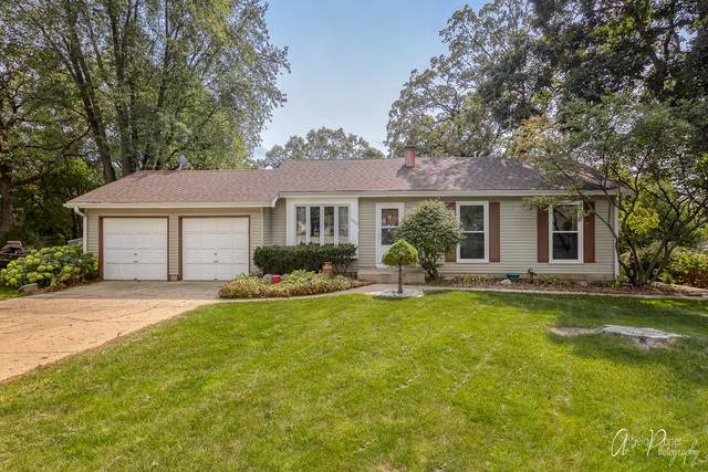 2305 W Edgewood Court, Mchenry, IL 60051 (MLS #10883153) :: BN Homes Group