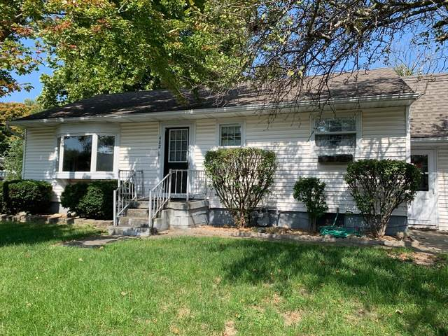 402 E 5th Street, Mackinaw, IL 61755 (MLS #10883415) :: John Lyons Real Estate
