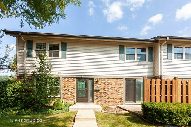 5 Winthrop Court, Downers Grove, IL 60516 (MLS #10883465) :: John Lyons Real Estate