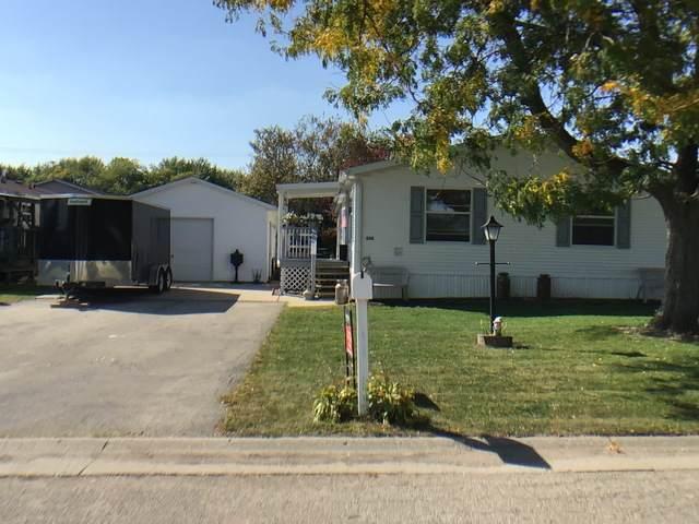 620 Pheasant Lane, Sharon, WI 53585 (MLS #10883629) :: John Lyons Real Estate