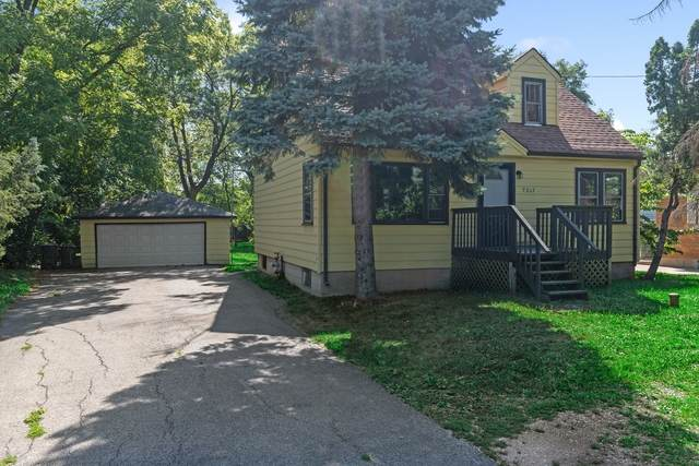 7217 S Madison Street, Burr Ridge, IL 60527 (MLS #10883698) :: Property Consultants Realty