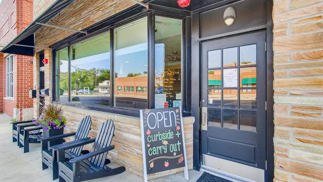2 Main Street, Elburn, IL 60119 (MLS #10883796) :: Littlefield Group