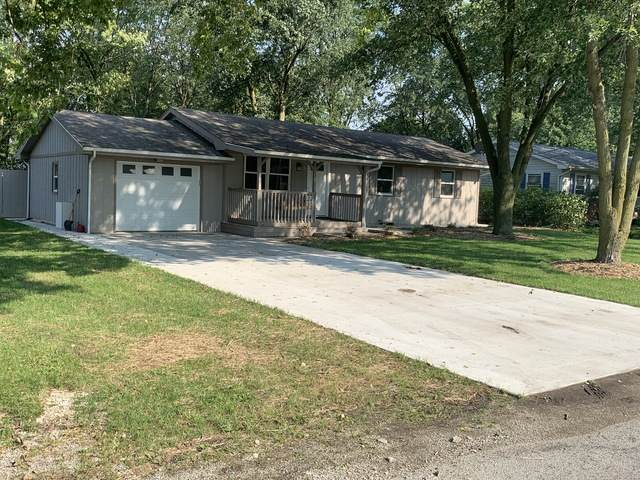114 S Main Street S, McLean, IL 61754 (MLS #10883865) :: John Lyons Real Estate