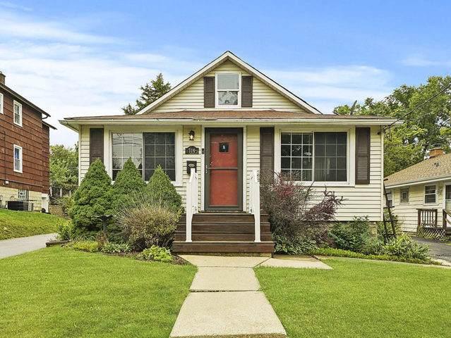 714 Walnut Street, Lemont, IL 60439 (MLS #10883872) :: John Lyons Real Estate