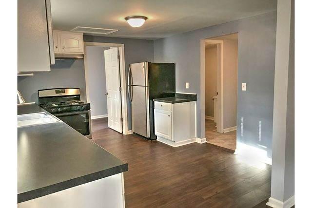 128 E North Street, Watseka, IL 60970 (MLS #10884137) :: Helen Oliveri Real Estate