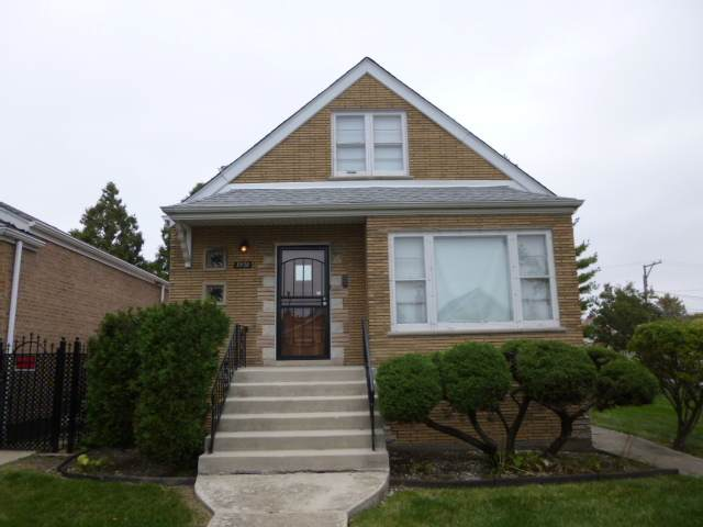 3930 W 67th Place, Chicago, IL 60629 (MLS #10885169) :: John Lyons Real Estate