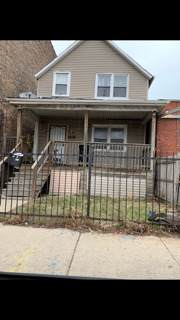 7681 S South Chicago Avenue, Chicago, IL 60619 (MLS #10886031) :: Littlefield Group