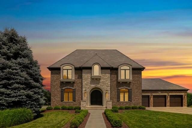 204 Claremont Drive, Naperville, IL 60540 (MLS #10886114) :: John Lyons Real Estate