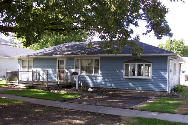 148 W Morris Street, BEMENT, IL 61813 (MLS #10886144) :: Littlefield Group