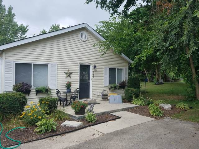 2611 Maple Avenue, Downers Grove, IL 60515 (MLS #10886254) :: Littlefield Group