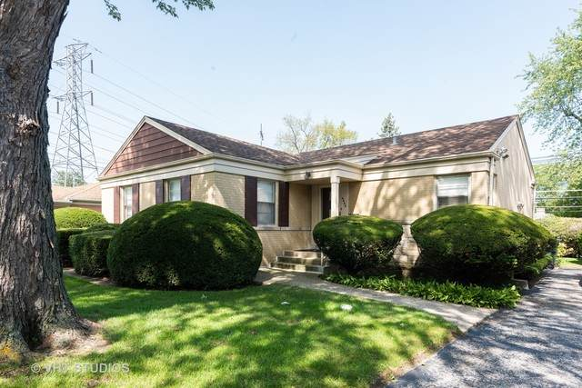 4448 W Pratt Avenue, Lincolnwood, IL 60712 (MLS #10886275) :: Littlefield Group