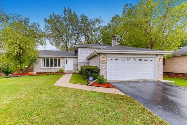 1329 E Wellwood Drive, Lockport, IL 60441 (MLS #10886527) :: Helen Oliveri Real Estate