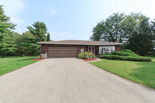 3630 W Il Route 64, Mount Morris, IL 61054 (MLS #10888536) :: John Lyons Real Estate