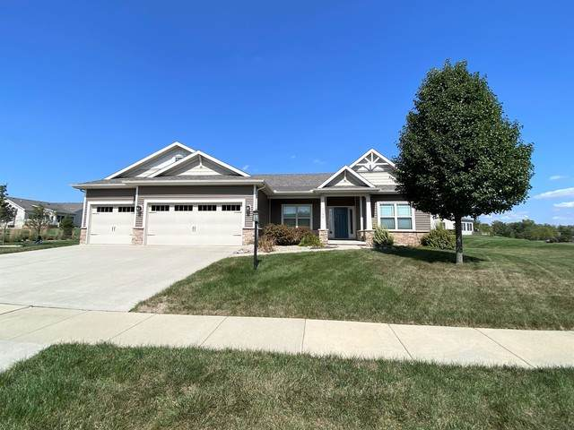 1106 Farm Lake Drive, Mahomet, IL 61853 (MLS #10891230) :: The Spaniak Team