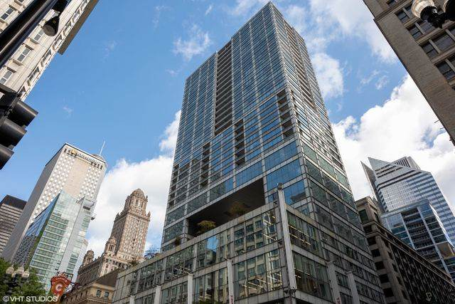 8 E Randolph Street #1607, Chicago, IL 60601 (MLS #10891428) :: The Dena Furlow Team - Keller Williams Realty